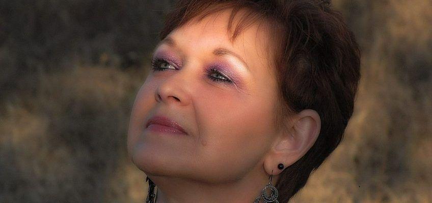 ¿Cómo repercute la menopausia en la piel?